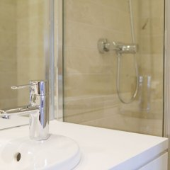 Отель 60 Balconies Urban Stay Испания, Мадрид - 1 отзыв об отеле, цены и фото номеров - забронировать отель 60 Balconies Urban Stay онлайн ванная