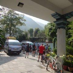 Отель View Bhrikuti Непал, Лалитпур - отзывы, цены и фото номеров - забронировать отель View Bhrikuti онлайн спортивное сооружение