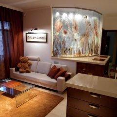 Апартаменты IRS ROYAL APARTMENTS - IRS Neptun Park комната для гостей фото 2