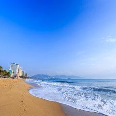 Отель Axar Hotel Вьетнам, Нячанг - отзывы, цены и фото номеров - забронировать отель Axar Hotel онлайн пляж фото 2