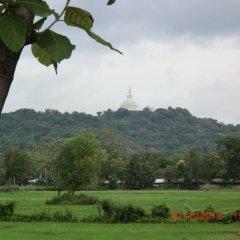 Отель Saji-Sami Шри-Ланка, Анурадхапура - отзывы, цены и фото номеров - забронировать отель Saji-Sami онлайн спортивное сооружение