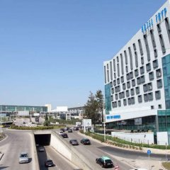 Отель TRYP Lisboa Aeroporto Hotel Португалия, Лиссабон - 9 отзывов об отеле, цены и фото номеров - забронировать отель TRYP Lisboa Aeroporto Hotel онлайн городской автобус