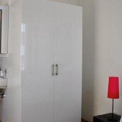 Отель Swiss Star Guesthouse Oerlikon Цюрих в номере