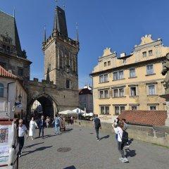Hotel U Tri Pstrosu Прага фото 7