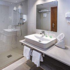 Отель 4R Miramar Calafell ванная