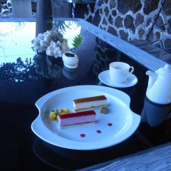 Отель Izukogen Onsen J Garden Ито питание
