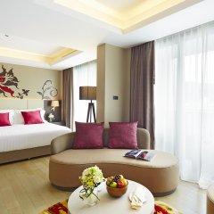 Отель Grand Mercure Phuket Patong 5* Улучшенный люкс с различными типами кроватей