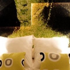 Отель Room Mate Laura Испания, Мадрид - отзывы, цены и фото номеров - забронировать отель Room Mate Laura онлайн бассейн