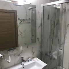 Serra Otel Турция, Урла - отзывы, цены и фото номеров - забронировать отель Serra Otel онлайн ванная фото 2