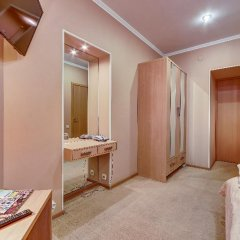 Мини-Отель Поликофф Стандартный номер с двуспальной кроватью фото 10