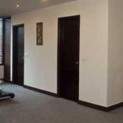 Отель Saptagiri Индия, Нью-Дели - отзывы, цены и фото номеров - забронировать отель Saptagiri онлайн фитнесс-зал фото 2