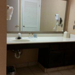 Отель Hawthorn Suites by Wyndham Columbus North США, Колумбус - отзывы, цены и фото номеров - забронировать отель Hawthorn Suites by Wyndham Columbus North онлайн ванная