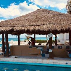Отель Condominios Brisas Cancun Zona Hotelera гостиничный бар