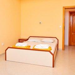 Отель Guest House Nadin Болгария, Поморие - отзывы, цены и фото номеров - забронировать отель Guest House Nadin онлайн комната для гостей