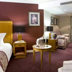 Отель Les Jardins Du Marais Париж комната для гостей