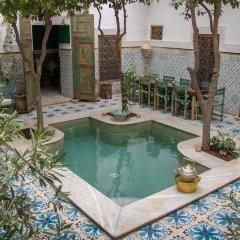 Отель Riad Yamina52 бассейн фото 2