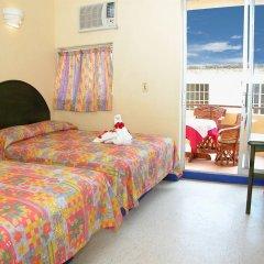 Hotel Zihuatanejo Centro комната для гостей