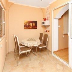Отель Villa Lastva Черногория, Тиват - отзывы, цены и фото номеров - забронировать отель Villa Lastva онлайн комната для гостей фото 2
