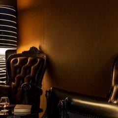 Отель Best Western Premier Louvre Saint Honore гостиничный бар