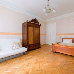 Отель City of Rivers Near Hermitage 4 Rooms Санкт-Петербург детские мероприятия