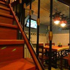 Отель La Moon Hostel Таиланд, Бангкок - отзывы, цены и фото номеров - забронировать отель La Moon Hostel онлайн гостиничный бар