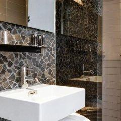Hotel V Frederiksplein ванная