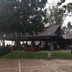 Отель Katathani Phuket Beach Resort парковка