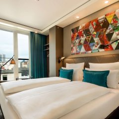 Отель Motel One Frankfurt-Römer комната для гостей фото 5