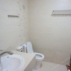 Отель Yunlv Youth Hostel Китай, Шэньчжэнь - отзывы, цены и фото номеров - забронировать отель Yunlv Youth Hostel онлайн ванная
