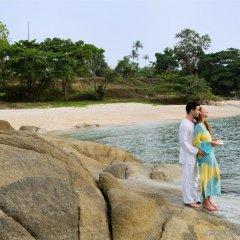 Отель Outrigger Koh Samui Beach Resort Таиланд, Самуи - отзывы, цены и фото номеров - забронировать отель Outrigger Koh Samui Beach Resort онлайн пляж фото 2