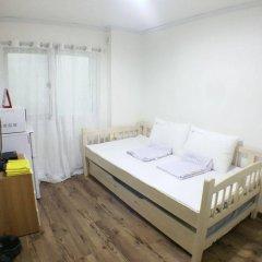 Отель Shinchon Hongdae Guesthouse комната для гостей фото 3