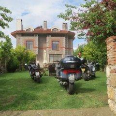 Casa Villa Турция, Эджеабат - отзывы, цены и фото номеров - забронировать отель Casa Villa онлайн парковка