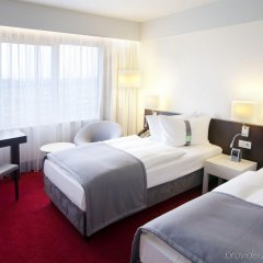 Отель Holiday Inn Berlin Airport - Conference Centre комната для гостей фото 4