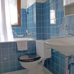 Отель Chesa Arlas B3 Швейцария, Санкт-Мориц - отзывы, цены и фото номеров - забронировать отель Chesa Arlas B3 онлайн ванная