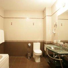 Отель Odessos Park Hotel - Все включено Болгария, Золотые пески - отзывы, цены и фото номеров - забронировать отель Odessos Park Hotel - Все включено онлайн ванная