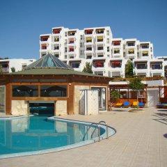 Отель Suite Hotel Marina Playa Испания, Эскинсо - отзывы, цены и фото номеров - забронировать отель Suite Hotel Marina Playa онлайн бассейн фото 3