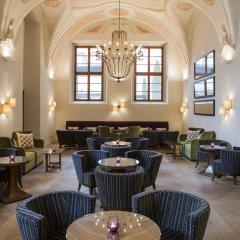 Отель Augustine, a Luxury Collection Hotel, Prague Чехия, Прага - отзывы, цены и фото номеров - забронировать отель Augustine, a Luxury Collection Hotel, Prague онлайн гостиничный бар