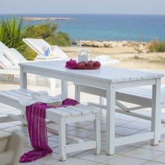 Отель Mimosa Seafront Villa Кипр, Протарас - отзывы, цены и фото номеров - забронировать отель Mimosa Seafront Villa онлайн балкон