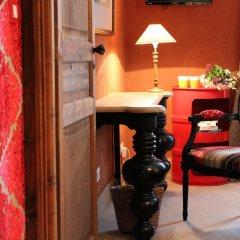Prince De Conde Hotel интерьер отеля
