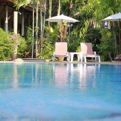 Отель Bangtao Village Resort бассейн фото 5