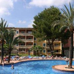 Отель Aparthotel Cabau Aquasol Испания, Пальманова - 1 отзыв об отеле, цены и фото номеров - забронировать отель Aparthotel Cabau Aquasol онлайн бассейн фото 3