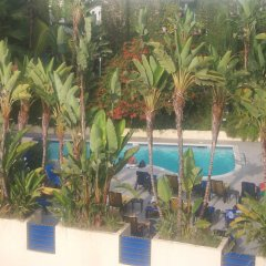 Ramada Plaza Hotel & Suites - West Hollywood бассейн фото 3