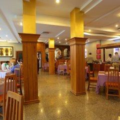 Ayarwaddy River View Hotel питание фото 3