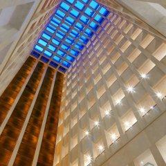 Отель Berlin Marriott Hotel Германия, Берлин - 3 отзыва об отеле, цены и фото номеров - забронировать отель Berlin Marriott Hotel онлайн ванная фото 2