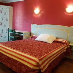 Отель Hôtel Sibour комната для гостей фото 5