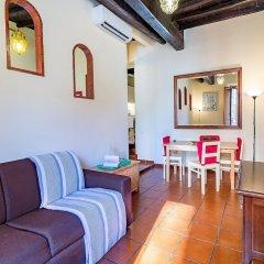 Отель Cozy flat near Colosseum Рим комната для гостей фото 3