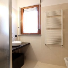 Отель Italianway - Rucellai Италия, Милан - отзывы, цены и фото номеров - забронировать отель Italianway - Rucellai онлайн ванная фото 2