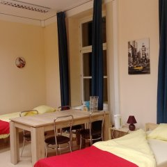 One Lucky Hostel - Old Town питание