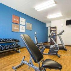 Отель Comfort Suites Tulare фитнесс-зал