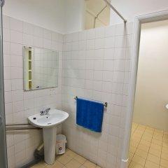 Отель Tagus Palace Hostal Португалия, Лиссабон - отзывы, цены и фото номеров - забронировать отель Tagus Palace Hostal онлайн ванная фото 2